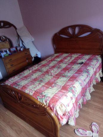 Vendo cama casal