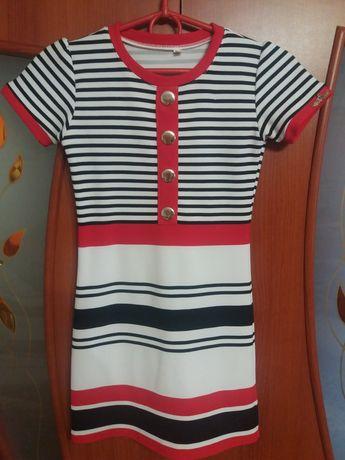 Платье для девочки 140см