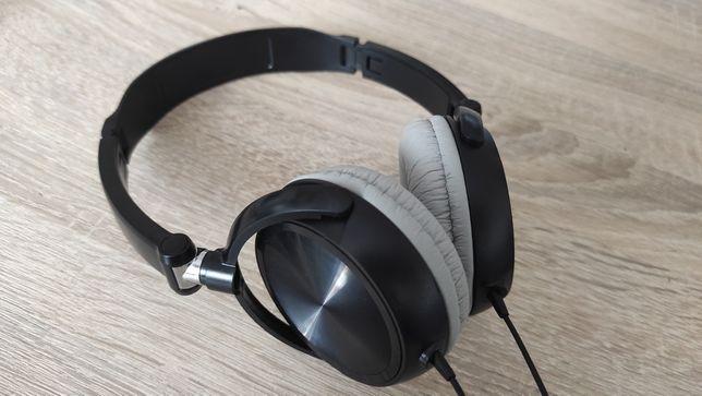 Słuchawki przewodowe z mikrofonem i manualnym sciszaniem
