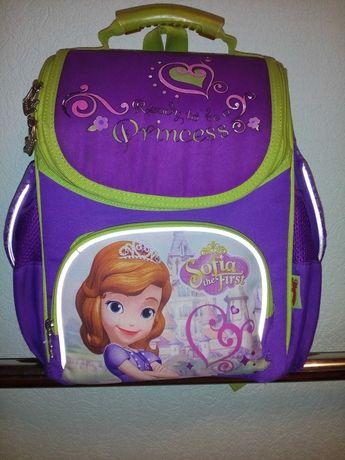 Рюкзак ранец школьный 1-4 класс