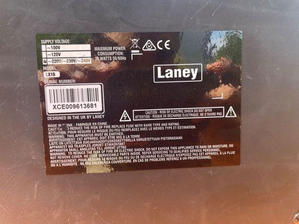 """Amplificador de guitarra elétrica """" Laney LX 15"""