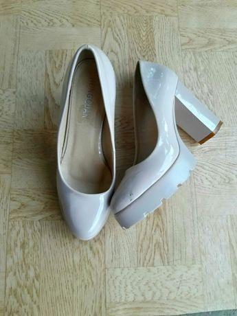 Лакові туфлі HONGQUAN