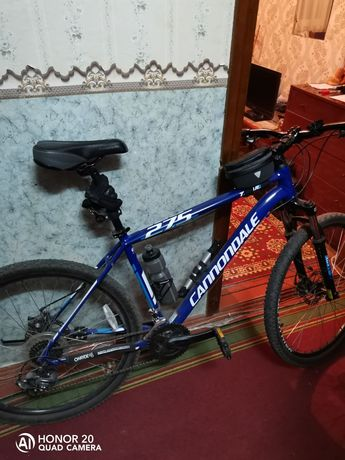 Продам б/у велосипед Cannondale Trail 8 рама - L синий 2017 года