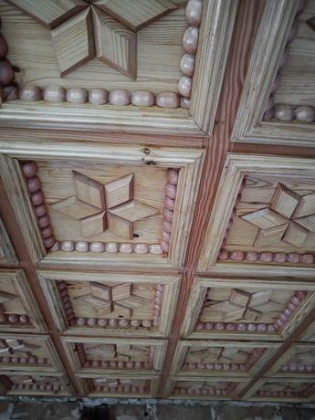 Kasetony drewniane