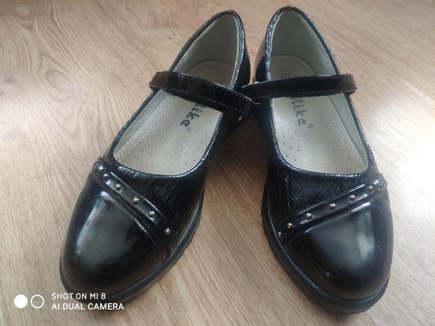 Туфли на девочку, стелька 19,5 см