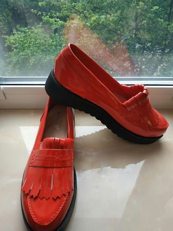 Туфли лаковые женские новые