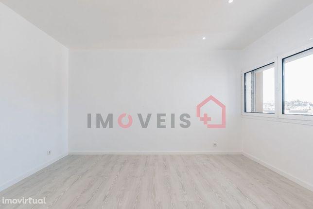 Apartamento T1 | Renovado | Centro da Cidade | Leiria