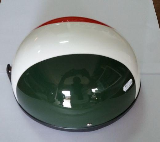 Capacete Clássico, Vermelho Branco e Verde (NOVO)