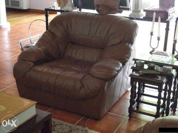 Conjunto de 3 sofás em pele castanho