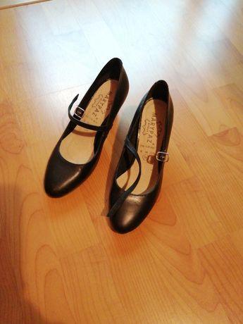 Sapatos marypaz tamanho 36