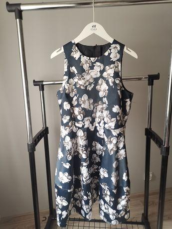 Elegancka sukienka damska w kwiaty H&M