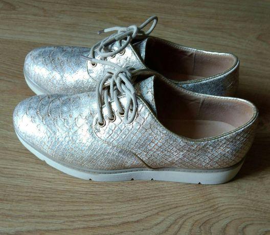 Metalicze buty r.37