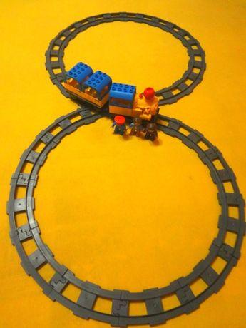 Большая железная дорога на батарейках со звуком и светом