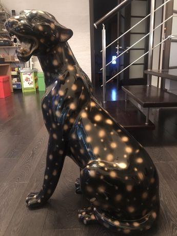Продается леопард ростовая статуэтка