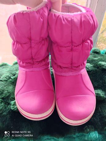Продам детские сапожки Crocs C 9