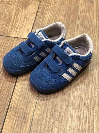 Оригінальні кросівки adidas, унісекс, 22розмір
