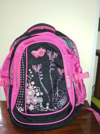 Продам рюкзак школьный