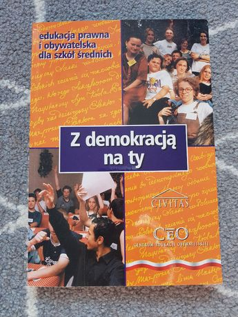 Z demokracją na ty. Edukacja prawna i obywatelska