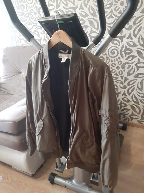 Женская куртка, бомбер оливкового цвета, хаки /Levis/H&M/Mango