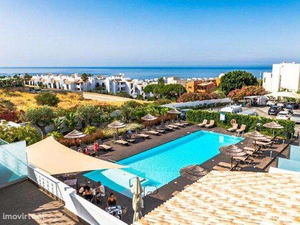 Hotel a 5 minutos da Praia de Porto Mós, Lagos, Algarve