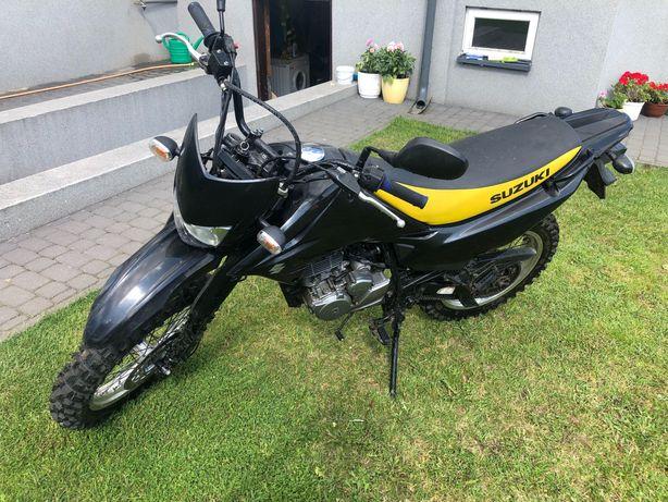 Enduro Suzuki DR125