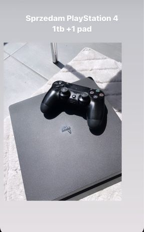 Sprzedam playstation 4 1tb + 1 pad