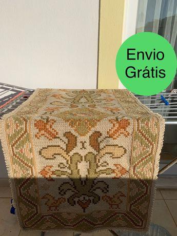 Tapete arraiolos - 1,15 x 0,55 - Envio grátis