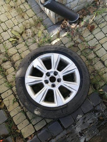 Оригинальные диски с зимней резиной Audi r17