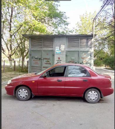 продам авто DAEWOO Lanos в отличном состоянии 2008 год г/б