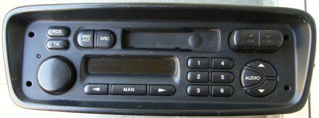 Radio samochodowe Philips 22RC200/65S uszkodzone