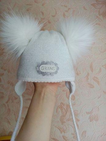 Зимняя теплая шапка для малышки + подарок