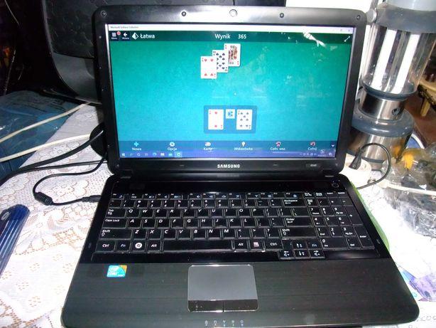 Laptop; Samsung R540 i3, Toshiba Satelite L100-112