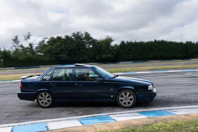 Volvo 850 GLT ..