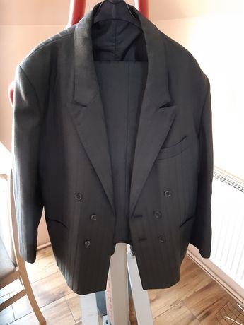 Piękny garnitur meski rozmiar L