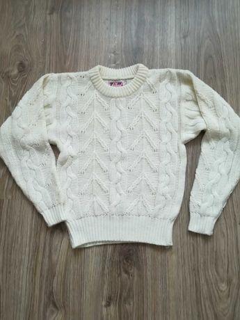 Sweterek dziewczęcy roz 122