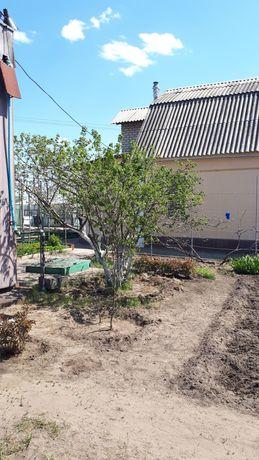 Продается дом с земельным участком и садом