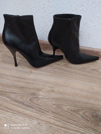 Черевички чобітки туфлі шкіра весна-осінь 38 розмір fluxa
