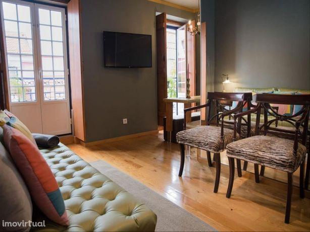 Apartamento de dois quartos na Baixa Pombalina