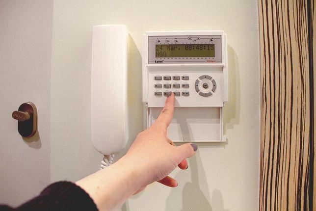 Montaż alarmów i kamery