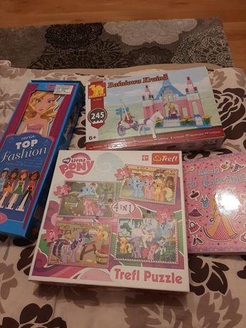 Puzzle, klocki, książeczka