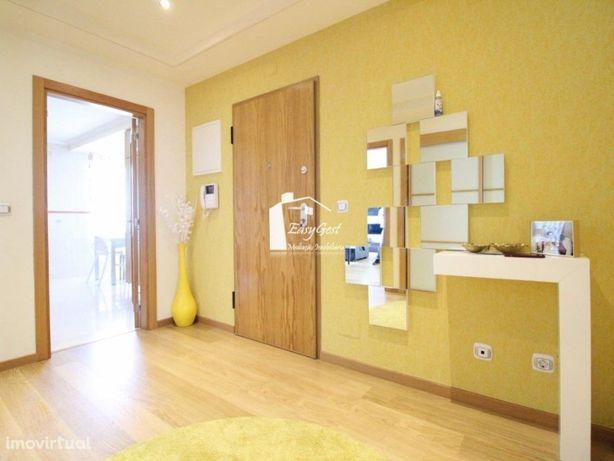 Apartamento T3 Com 127m2 com lugar de garagem e Varandas