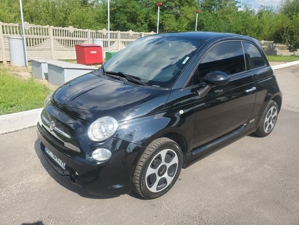 Продаю Fiat 500e