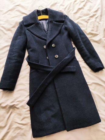 Granatowy elegancki płaszcz Ryłko