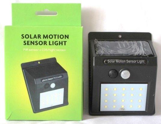 Автономный уличный светильник с датчиком движения и солнечной панелью