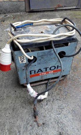 Сварочный трансформатор аппарат сварка ПАТОН СТШ-256 Б\У на 220Вт