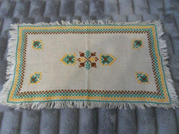 Serwetka - haft krzyżykowy