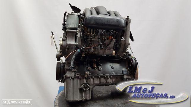 Motor MERCEDES-BENZ C-CLASS (W202) C 200 D (202.122) | 10.96 - 05.00 Para Peças...