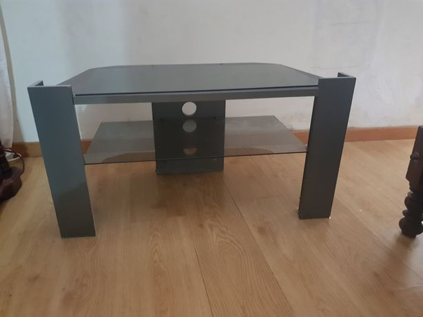 Mesa de sala com vidro