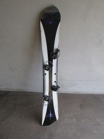 Sprzedam deskę snowboardową