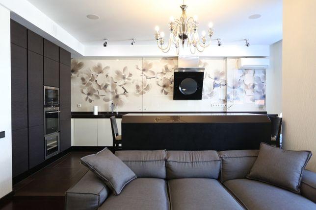 Продам 3-х комнатную квартиру в новострое, ул.Бригадная